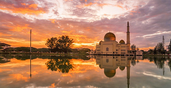 13 gorgeous photos of some of Malaysia's lesser-known religious buildings